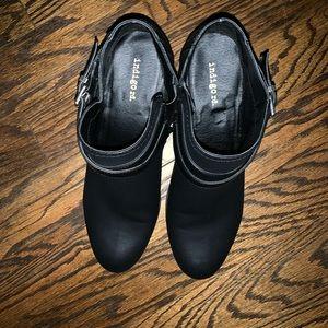 Size 11 indigo rd booties